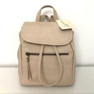 NWT Women's Universal Thread Mini Flap Backpack